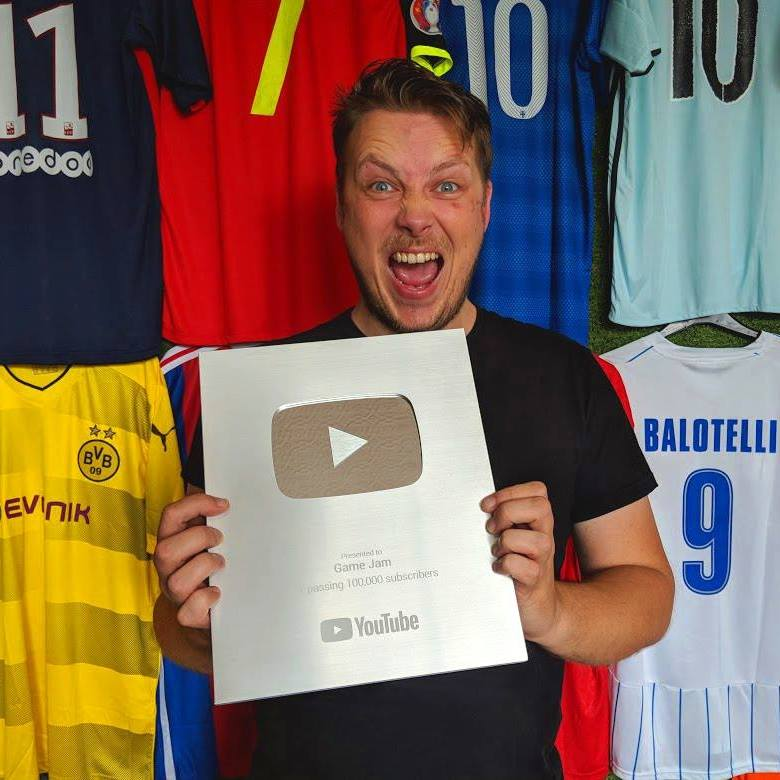 """From YouTube Star To """"Five Figures A Month"""" Football Trading! [TRADER TALK]"""